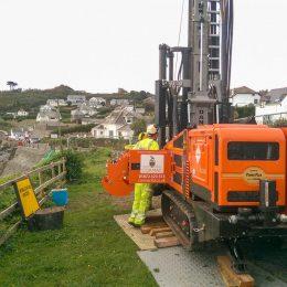 A Dando Multitec 4000 Mk3 rig performing site investigation in Coverack, Cornwall