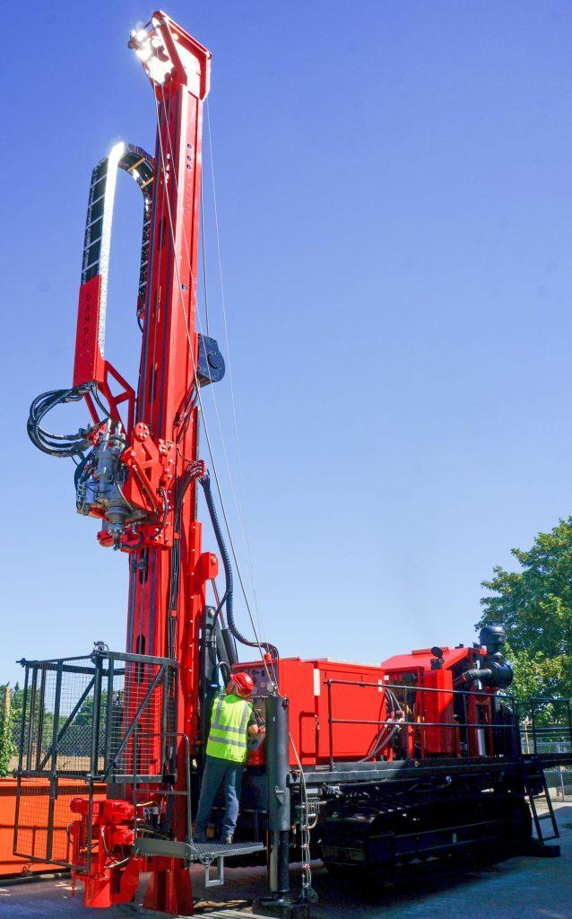 mintec-18-drilling-rig